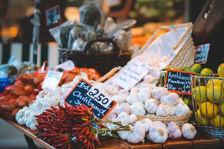 Jak wybrać odpowiednie miejsce do realizowania zakupów produktów spożywczych?